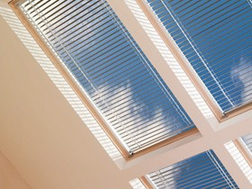 PAL P10 - Manual Venetian Top Blinds for GDL Cabrio